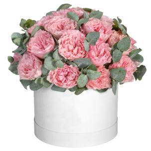 """Цветы в коробке """"Пионовидные розы"""""""